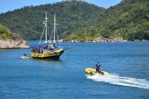 Foto de Passeio de Barco Paraty Ilha da Pescaria