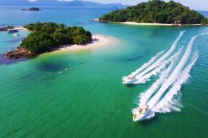 Foto de Passeio para Angra saindo de Ilha Grande