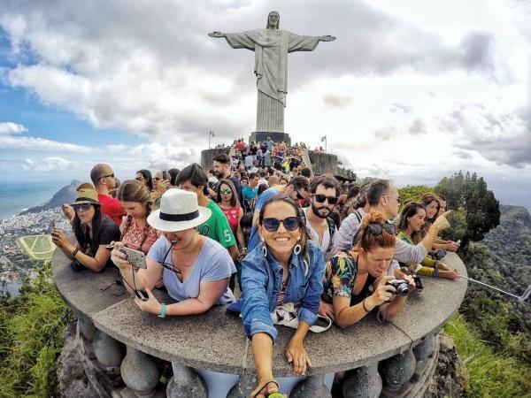 Tour no Cristo, Maracanã, Sambódromo e etc